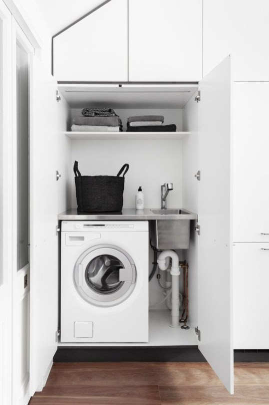 Beautiful Ideas For Tiny Laundry Spaces34