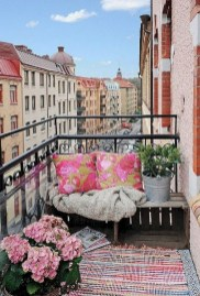 Decoration Of Balconies In Apartments That Inspire People31