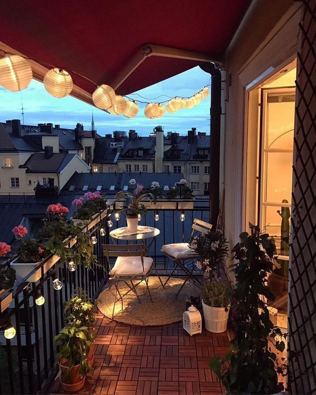 Decoration Of Balconies In Apartments That Inspire People40