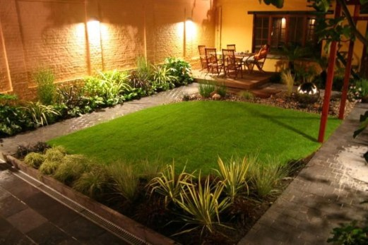 Gorgeous Small Backyard Landscaping Ideas15