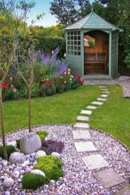 Gorgeous Small Backyard Landscaping Ideas18