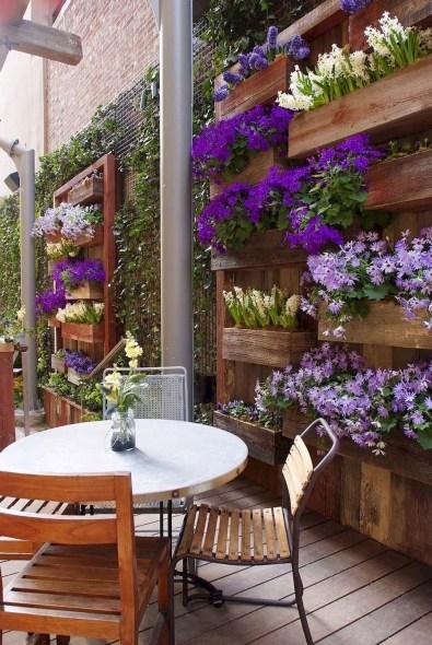 Gorgeous Small Backyard Landscaping Ideas45