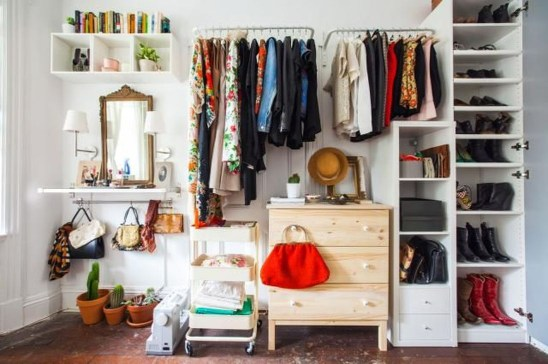 The Best Small Wardrobe Ideas For Your Apartment16