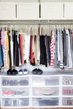 The Best Small Wardrobe Ideas For Your Apartment23