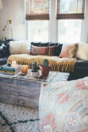 Comfy Studio Living Room Apartment10