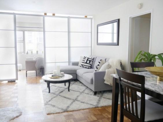 Comfy Studio Living Room Apartment12