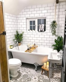 Gorgeous Cottage Bathroom Design Ideas02