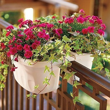 Gorgeous Flower On Balcony Ideas14