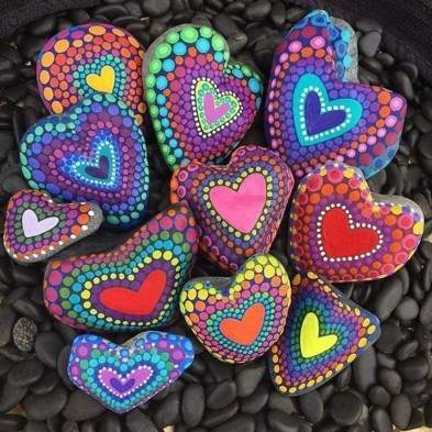 Simple Painted Rock Ideas For Garden30