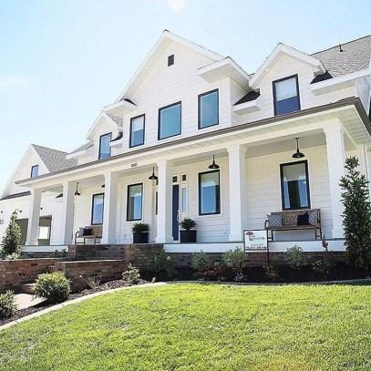 Top Modern Farmhouse Exterior Design Ideas06