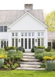 Top Modern Farmhouse Exterior Design Ideas18
