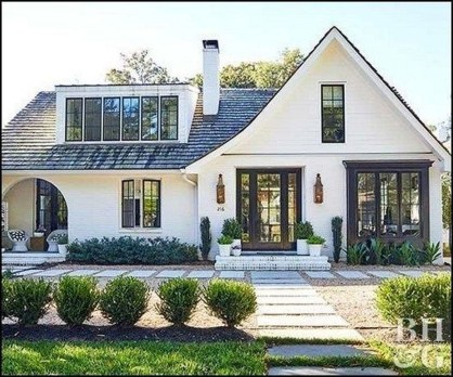 Top Modern Farmhouse Exterior Design Ideas25