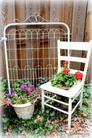 Amazing Ideas For Vintage Garden Decorations For Your Inspiration01