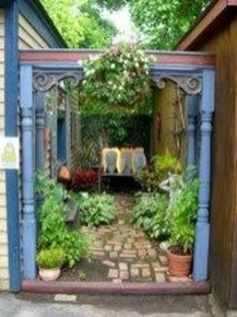 Amazing Ideas For Vintage Garden Decorations For Your Inspiration37
