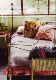 Amazing Interior Decoration Ideas With Enchanting Hearts Of Textiles28
