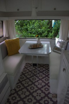 Amazing Rv Decorating Ideas For Your Enjoyable Trip40