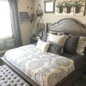 Awesome Diy Rustic And Romantic Master Bedroom Ideas11