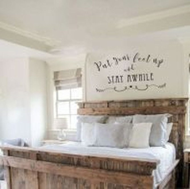 Awesome Diy Rustic And Romantic Master Bedroom Ideas18