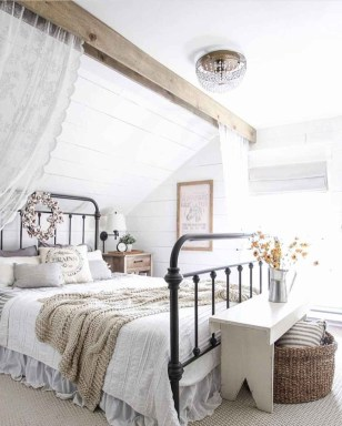 Awesome Diy Rustic And Romantic Master Bedroom Ideas23