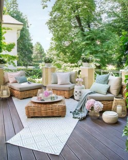 Beautiful Outdoor Living Decoration Ideas22