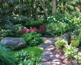 Beautiful Shady Gardens Design Ideas22