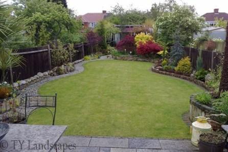 Beautiful Shady Gardens Design Ideas35