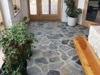 Best Natural Stone Floors For Bathroom Design Ideas08