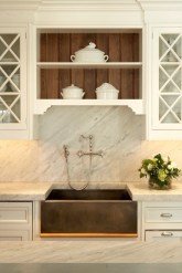 Charming Kitchen Cabinet Decorating Ideas10