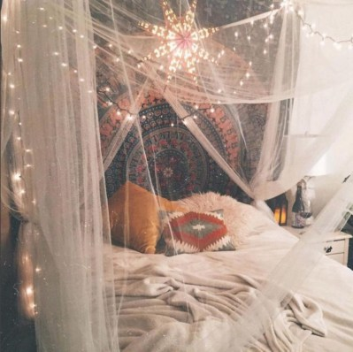 Chic Boho Bedroom Ideas For Comfortable Sleep At Night08