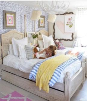 Chic Boho Bedroom Ideas For Comfortable Sleep At Night26