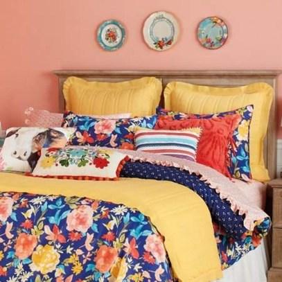 Chic Boho Bedroom Ideas For Comfortable Sleep At Night34