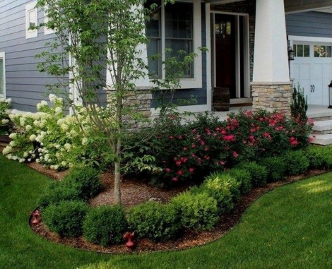Incredible Flower Bed Design Ideas For Your Small Front Landscaping32