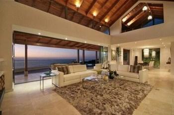 Wonderful Black White And Gold Living Room Design Ideas24