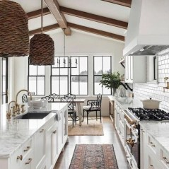 Amazing Modern Farmhouse Kitchen Decoration32