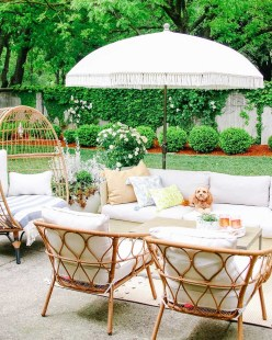Comfortable Backyard Decoration Ideas For Your Summer23