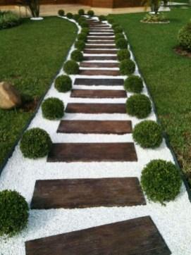 Creative Diy Garden Walkways Ideas For Stunning Home Yard42