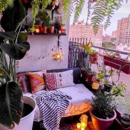 Creative Ideas To Decorate Your Outdoor Room19