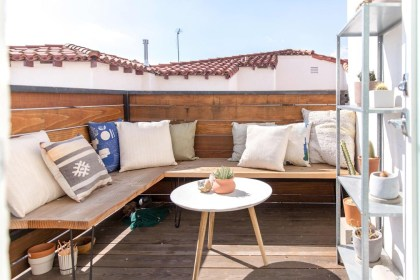 Creative Ideas To Decorate Your Outdoor Room34