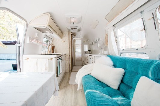 Enchanting Airstream Rv Design And Decoration Ideas For Your Travel Comfort04