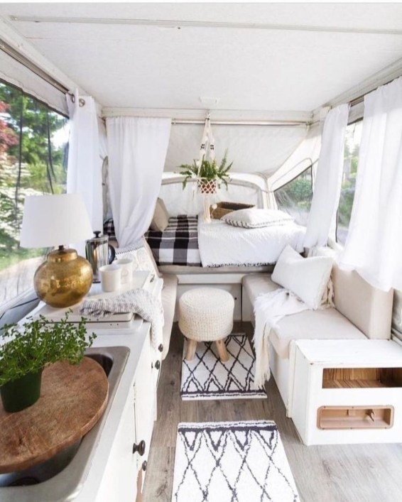Enchanting Airstream Rv Design And Decoration Ideas For Your Travel Comfort39