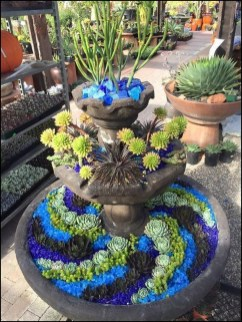 Gorgeous Succulent Garden Ideas For Your Backyard02