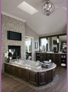 Luxury Bathroom Decoration Ideas For Enjoying Your Bath42
