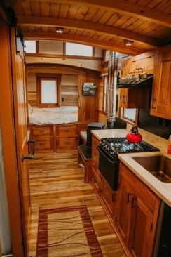 Smart Ideas For Decorating A Tiny House For Your Comfortable Family07