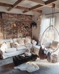 Top And Stunning Living Room Wall Decorations Never Seen Before14