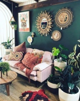 Top And Stunning Living Room Wall Decorations Never Seen Before35