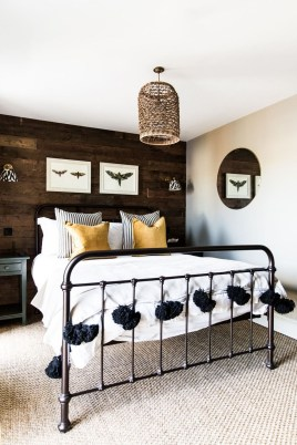 Awesome Industrial Style Bedroom Design Ideas27