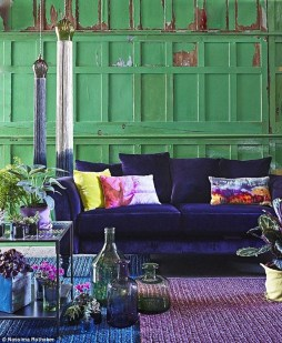 Awesome Living Room Green And Purple Interior Color Ideas05