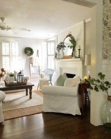 Beautiful Summer Living Room Decor Pieces To Enhance Your Home13
