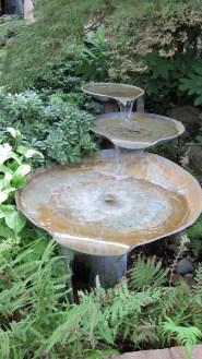 Bird Bath Design Ideas For Your Backyard Inspiration12
