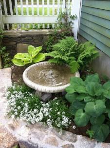 Bird Bath Design Ideas For Your Backyard Inspiration20